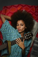 Nneka_by_Hugues_LAWSON_BODY_210503_1500